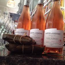 hallaca con vino rosado